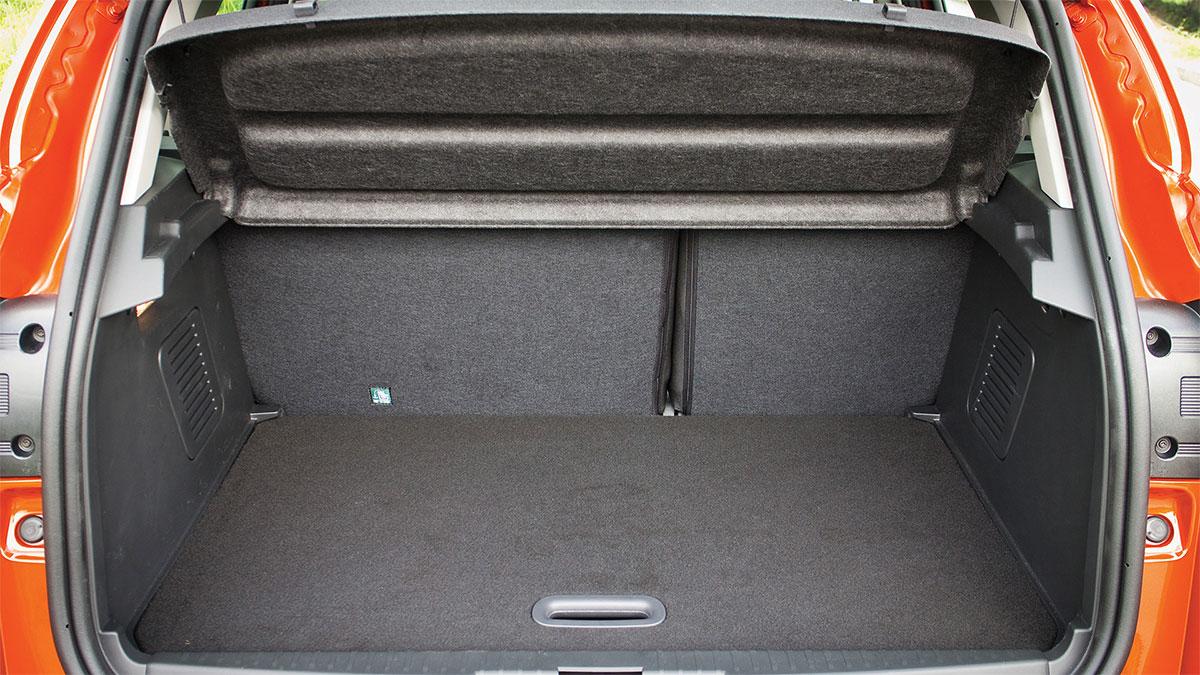 nao-tecido-para-indústria-automobilística